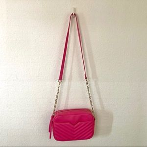 Express Pink Crossbody NWOT - Gold Chain & Accents